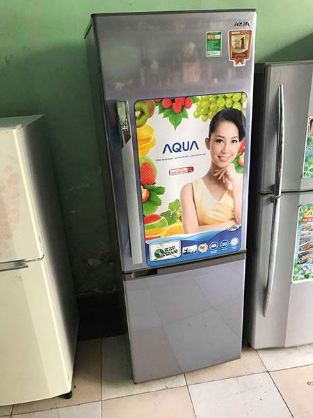 Tủ lạnh Aqua 265L mới đẹp TL02